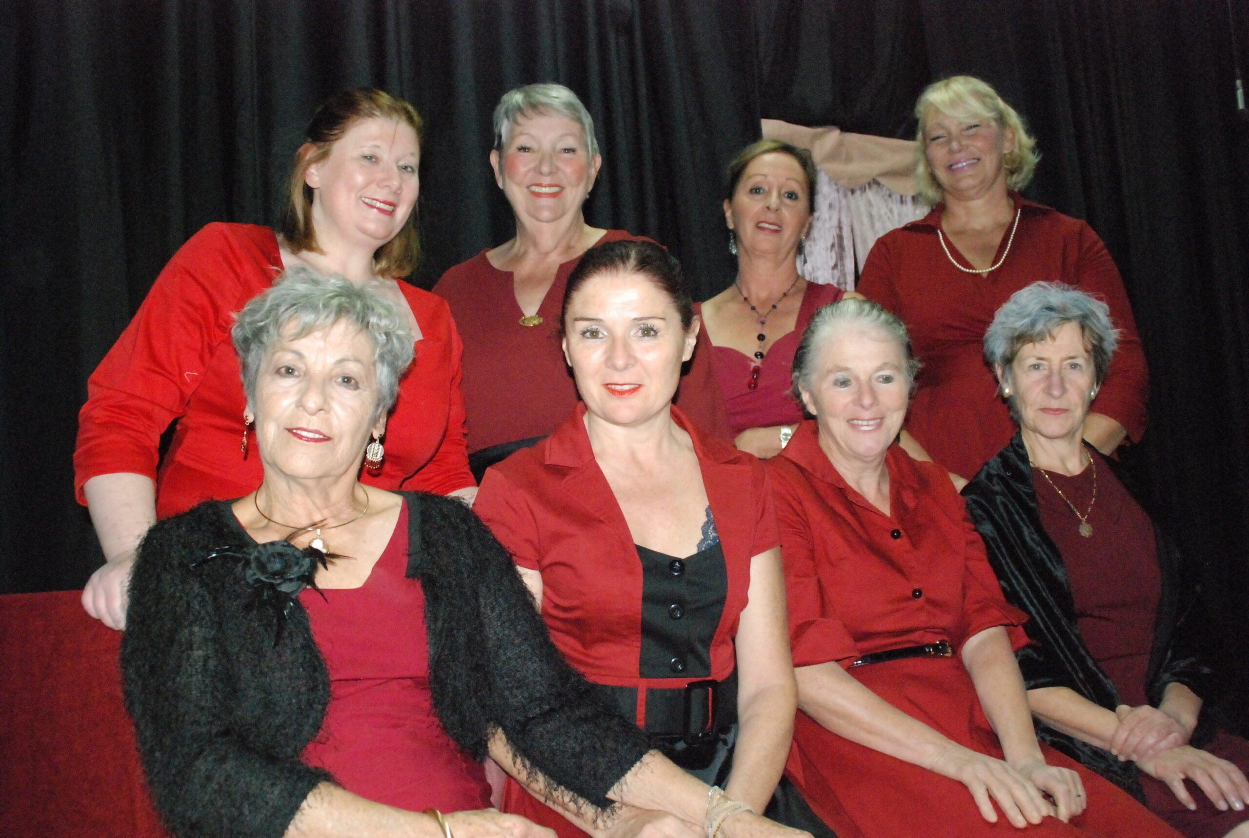 """Théâtre : """"8 Femmes"""" par la Cie C'Chelle, adaptée de la pièce de Robert Thomas de par la Cie C'Chelle"""